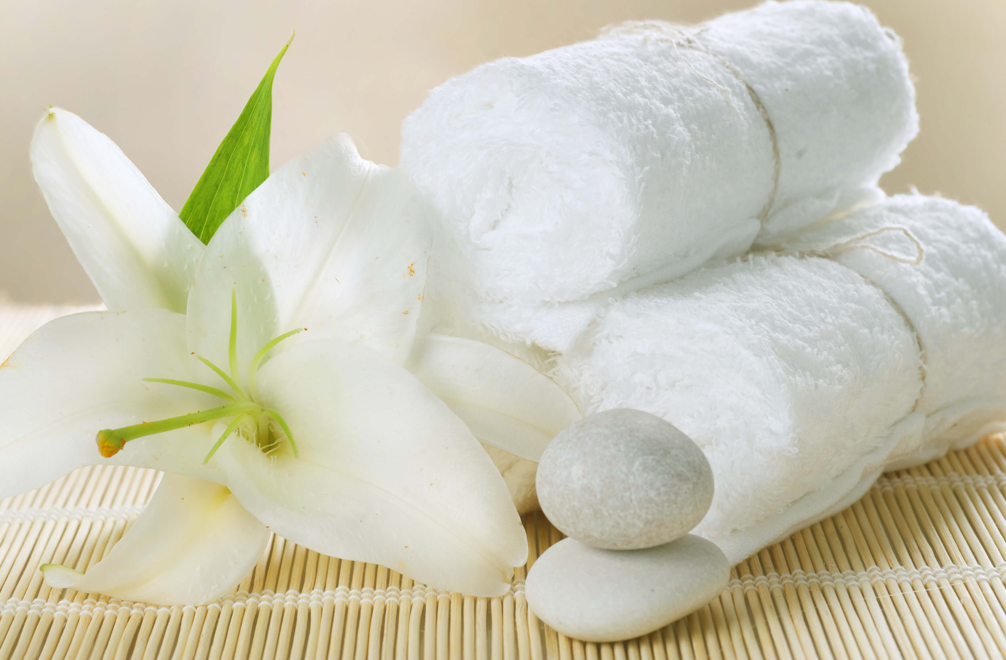 massage-hot-towels1